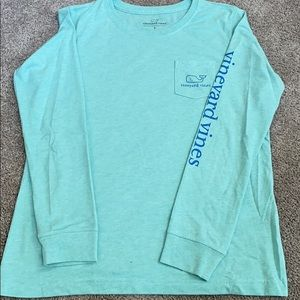 VINEYARD VINES long sleeved shirt